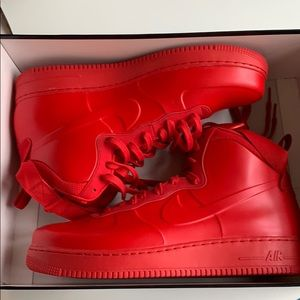 Air Force 1 foamposite cup university red